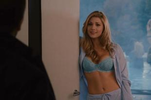 Katheryn Winnick hot and sexy in bra – Love and other drugs HD720p (2010)