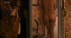 Laetitia Casta nude butt naked topless and hot sex - Nés en 68 (2008) (24)