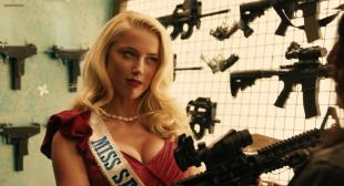 Amber Heard, Michelle Rodriguez, Sofía Vergara, Lady Gaga, Alexa Pena Vega, Emmy Robbin hot and sexy - Machete Kills (2013) hd1080p
