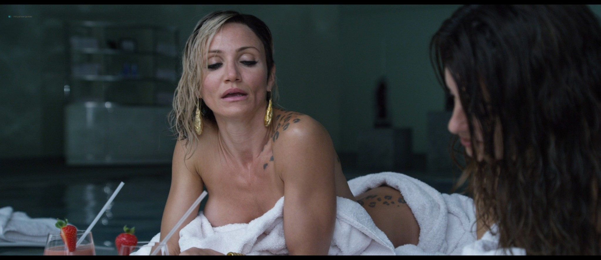 Penelope Cruz hot and Cameron Diaz hot and some sex - The Counselor (2013) HD 1080p BluRay (6)