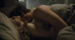 Heather Graham nude topless - Boogie Woogie (2009) hd720p