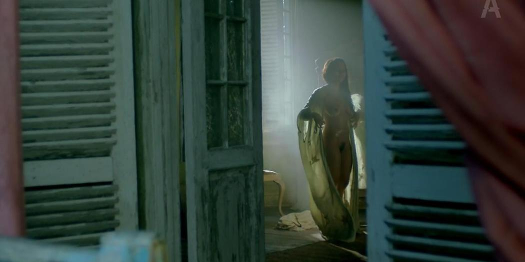 Jessica Parker Kennedy nude butt side boob and bush - Black Sails (2014) s1e8 hd720p