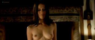 Marie Ravel nude sex Cecile Cassel nude and Alice Taglioni hot - La Bande du Drugstore (FR-2002)