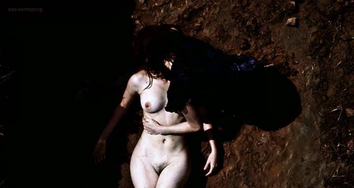 Melanie Laurent nude full frontal in - L' amour cache (2007) (3)