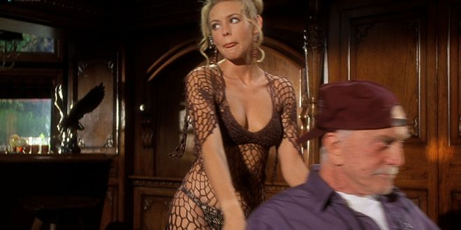 Olivia d'Abo hot and sexy in bikini and Nancy Travis hot in - Greedy (1994) HD 1080p BluRay (5)