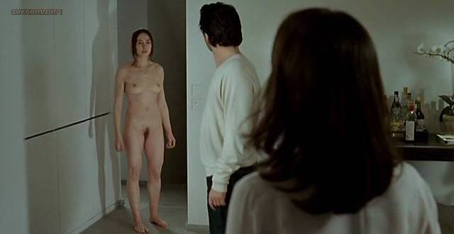 beautiful naked girl masturbates