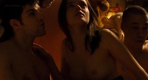 Roxane Mesquida nude sex threesome - Sheitan (FR-2006) (6)
