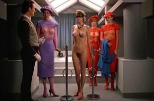 Sandra Wey nude and sex Alicia Príncipe, Rosa Valenty, Carole James all nude - The Story of O2 (1984)