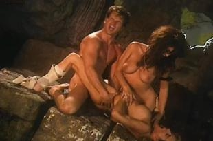 Gabriella Hall nude full frontal sex Jacqueline Lovell Kelly Ashton, Lisa Comshaw all naked in – Lolita 2000 (1998)