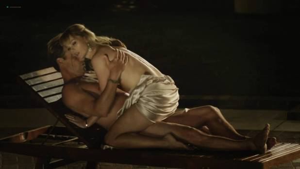 Madeline Zima, Agnes Bruckner, Kate Levering hot lesbian sex - Breaking the Girls (2013) hd1080p (9)