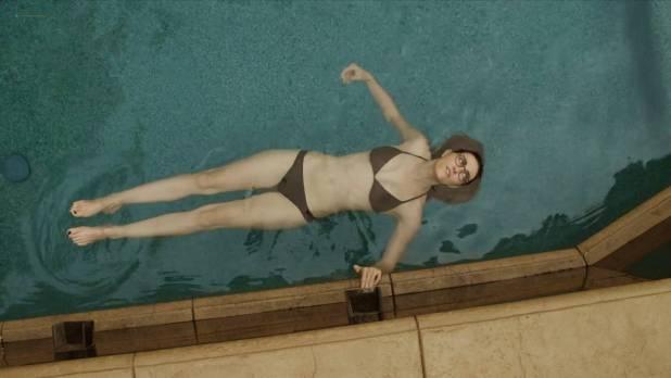 Madeline Zima, Agnes Bruckner, Kate Levering hot lesbian sex - Breaking the Girls (2013) hd1080p (6)