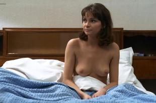 Martine Brochard nude topless – Baisers voles (1969) hd720p