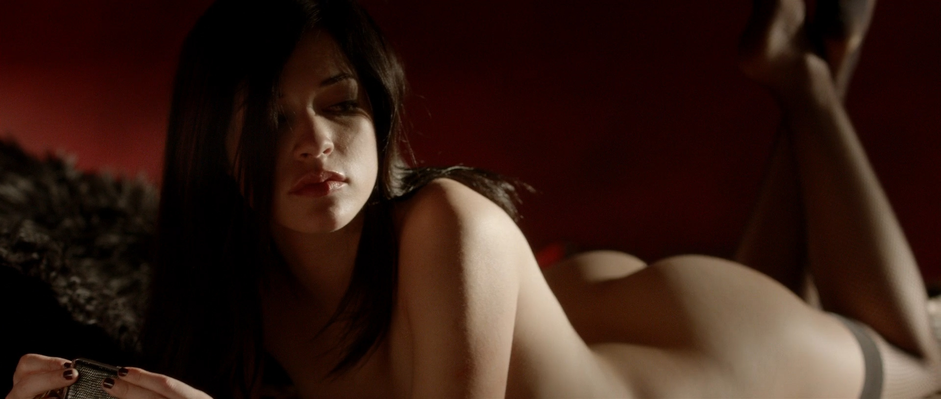 Alexis Knapp nude butt naked and very hot and few others full nude - The Anomaly (2014) hd1080p (7)