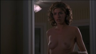 Amanda Peet nude topless and Rosanna Arquette not nude but hot and sluttish  - The Whole Nine Yards (2000) hdtv1080p.