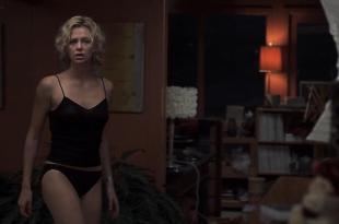 Charlize Theron hot in panties and Courtney Love wet in bath – Trapped (2002) hd1080p