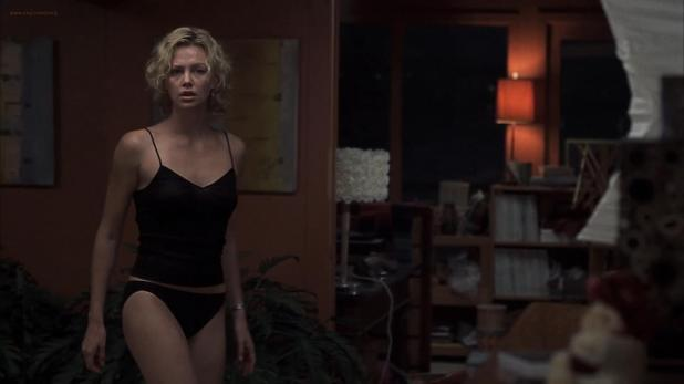Charlize Theron hot in panties and Courtney Love wet in bath - Trapped (2002) hd1080p (4)