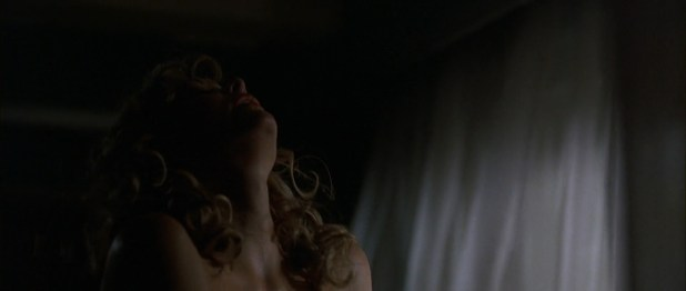 Jaime King nude sex and side boob - Two For the Money (2005) hd1080p (6)