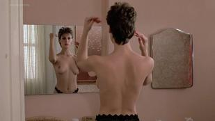 Jamie Lee Curtis nude topless huge boobs - Trading Places (1983) hd1080p
