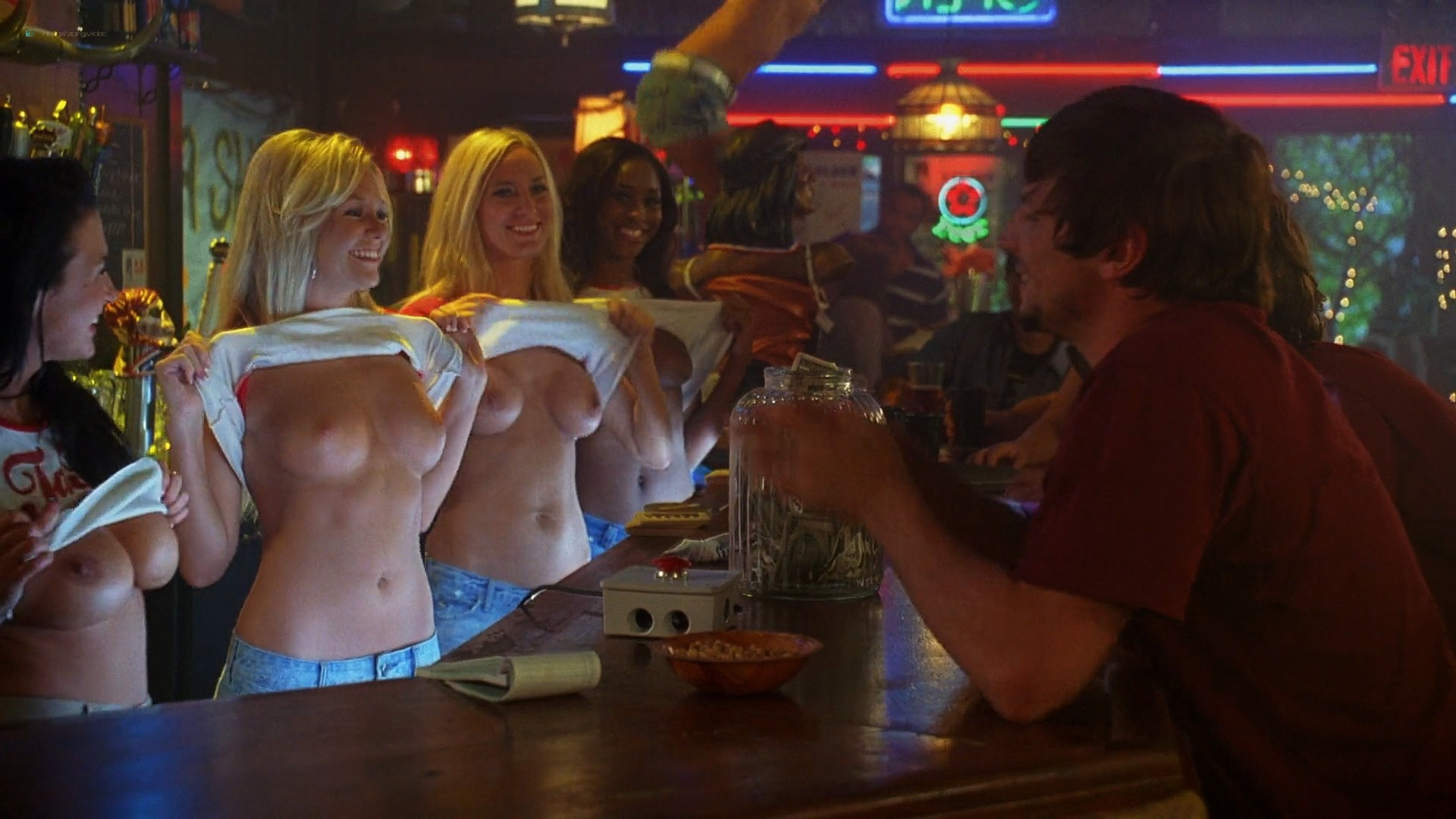Julianna Guill Michelle Gordon and others all nude - Road Trip-Beer Pong (2009) HD 1080p Web (16)