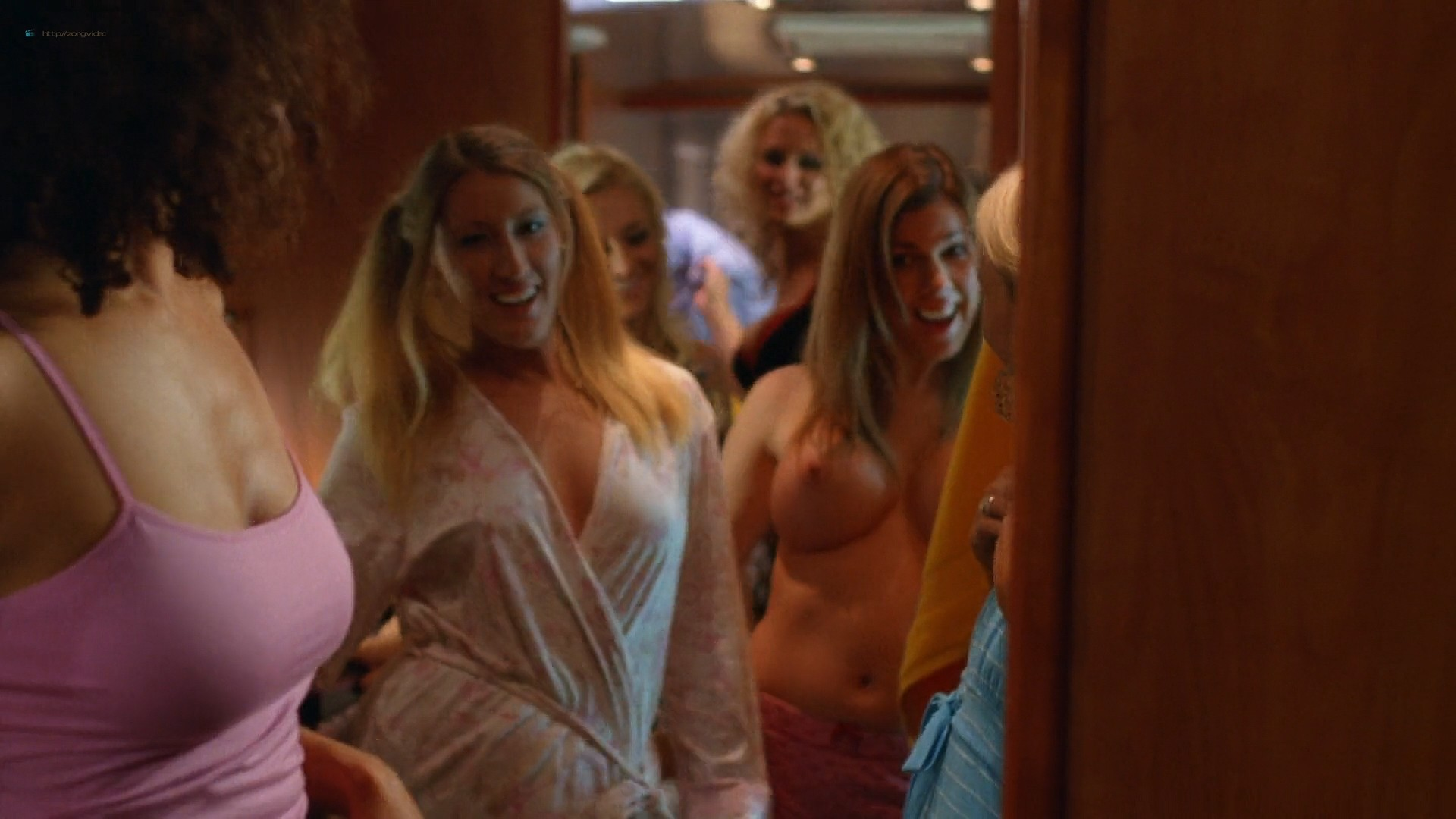 Julianna Guill Michelle Gordon and others all nude - Road Trip-Beer Pong (2009) HD 1080p Web (11)