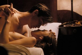 Keira Knightley nude topless and Sienna Miller nude brief butt and boob – The Edge Of Love (2008) hd1080p