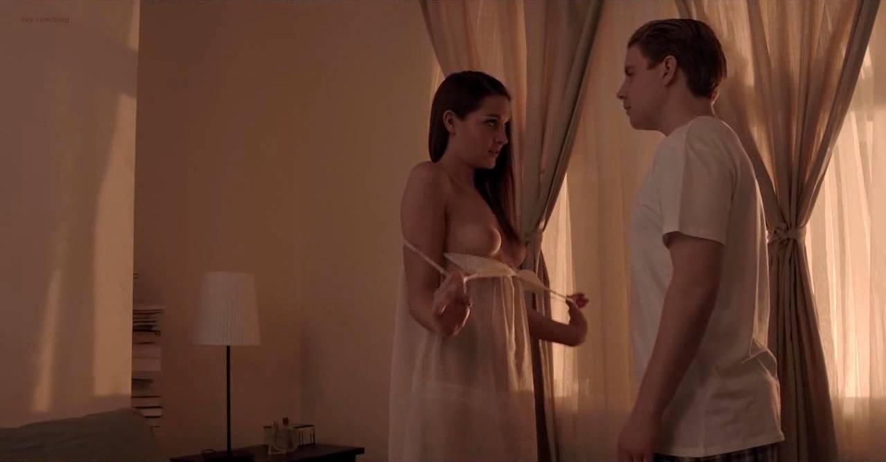 Lili Bordán nude sex Lindsay Armaou and others nude topless - The Smoke (UK-2014) hd720p (8)