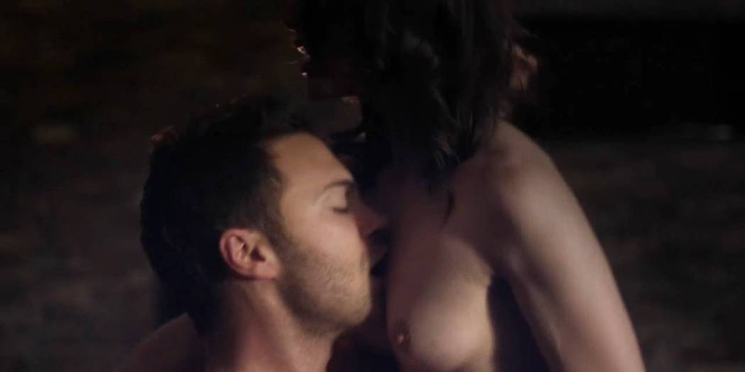 Lili Bordán nude sex Lindsay Armaou and others nude topless - The Smoke (UK-2014) hd720p (3)
