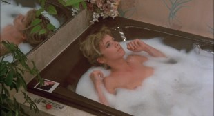 Madonna hot see through in bra and Rossana Arquette nude nipples and side boob - Desperately Seeking Susan (1985) hd1080p