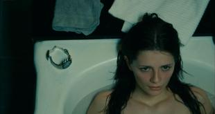 Mischa Barton hot sexy and wet in - Walled In (2009) hd1080p (10)