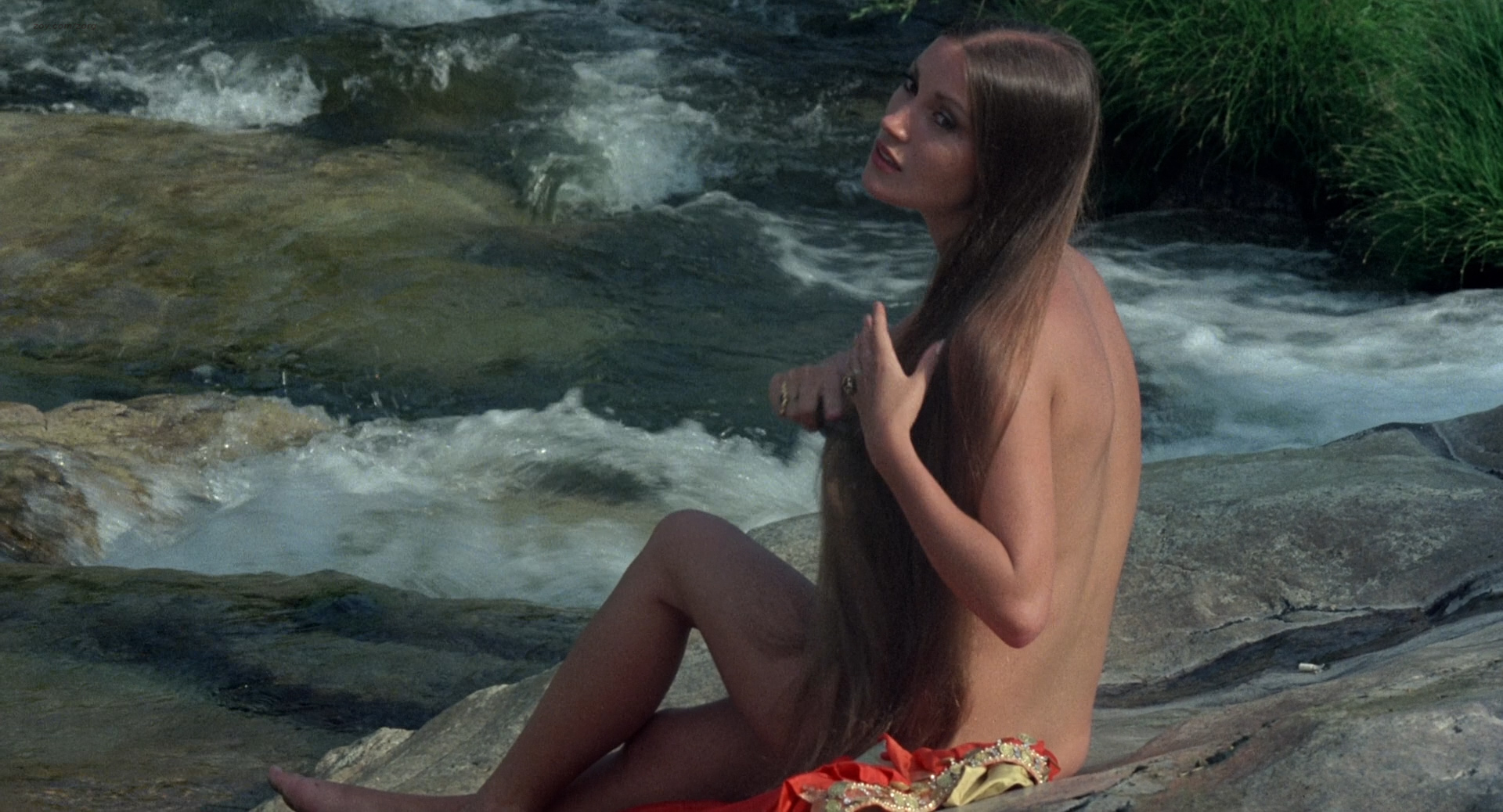 Jane Seymour nude side boob and nipple and Taryn Power nude side boob -  Sinbad and