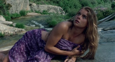 Jane Seymour nude side boob and nipple and Taryn Power nude side boob - Sinbad and the Eye of the Tiger (1977) hd1080p (8)