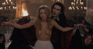 Laure Marsac nude topless and bush Nicole DuBois nude stripping and Indra Ové hot cleavage - Interview With The Vampire (1994) hd1080p (6)