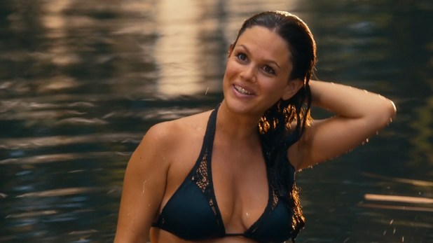 Rachel Bilson hot in bikini and lingerie - Hart of Dixie (2014) s4e1 hd720p (2)