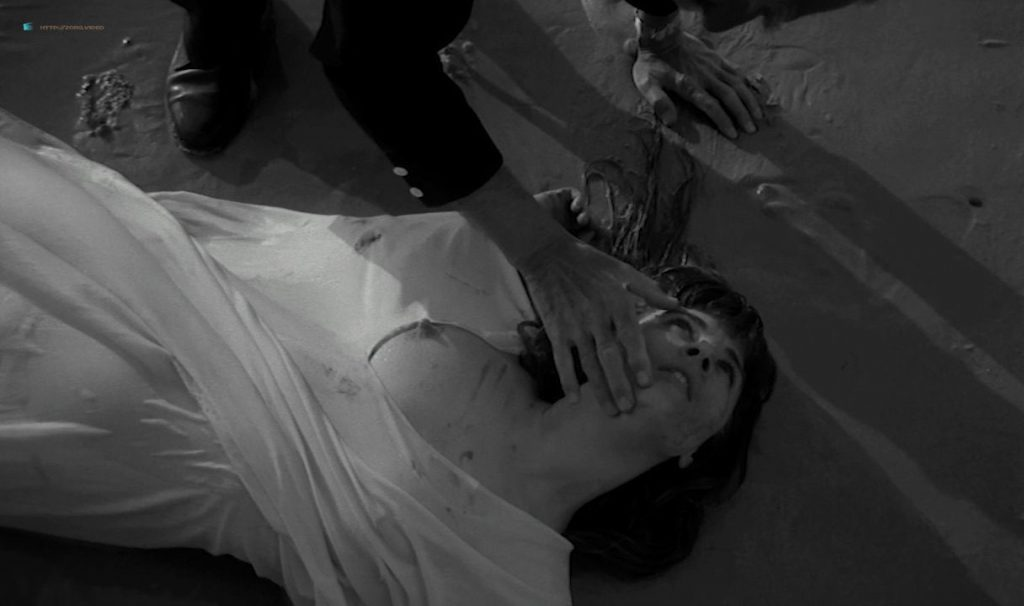 Solange Pradel nude topless skinny dipping and others nude - Le viol du vampire (FR-1968) HD 720p BluRay (15)