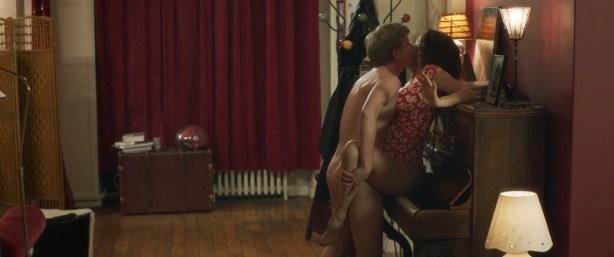Laetitia Casta hot lingerie Audrey Dana hot and others - Sous les jupes des filles (2014) hd1080p (1)