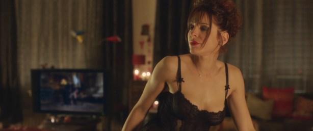 Laetitia Casta hot lingerie Audrey Dana hot and others - Sous les jupes des filles (2014) hd1080p (7)