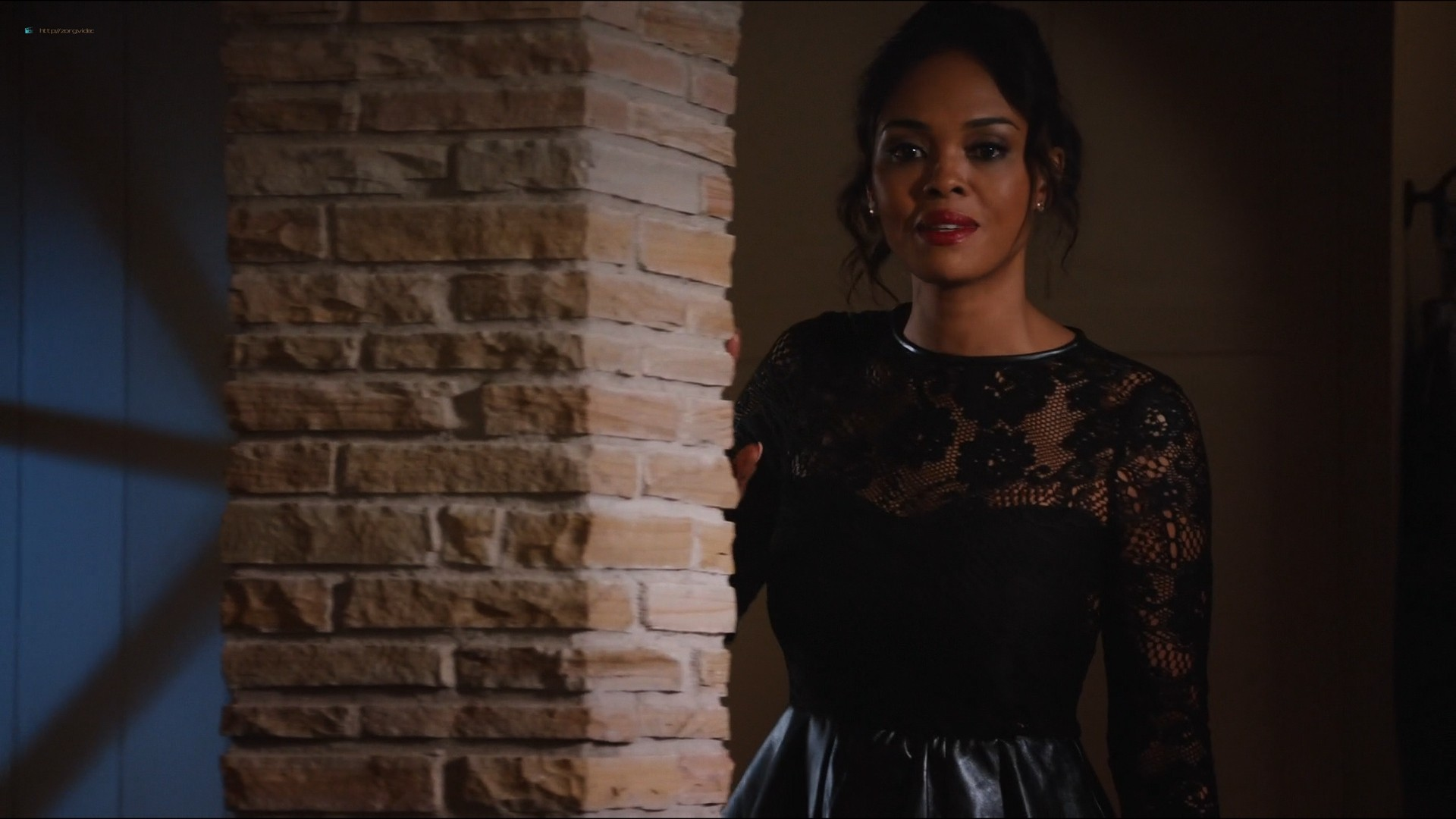 Sharon Leal nude and lot of sex others nude too - Addicted (2014) HD 1080p (16)
