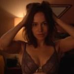 Sarah Goldberg hot in bra and mild sex – Hindsight (2015) s1e4 hd720/1080p