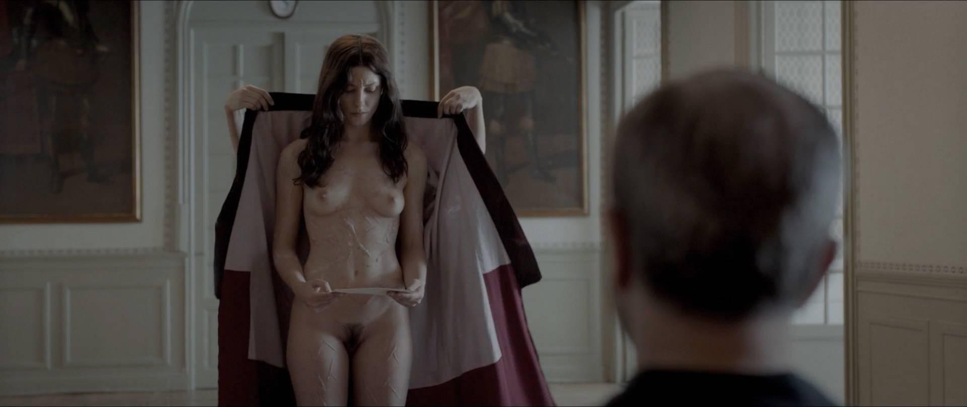 Bárbara Lennie nude full frontal - Magical Girl (ES-2014) hd080p (4)