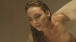 Claire Keim nude topless and hot see through - La nouvelle Blanche Neige (FR-2011) hd720p