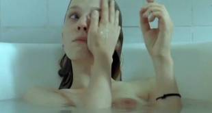 Clémence Poésy nude brief side boob and nipples in the bath Yael Abecassis hot not nude - Sans Moi (FR-2007) (2)