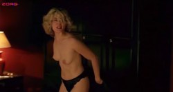Emmanuelle Seigner nude topless and hot sex - Os Imortais (PT-3003) (4)