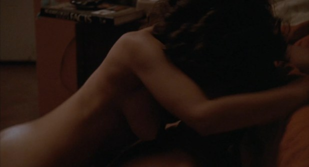 Rosie Perez nude topless and sex - White Men Can't Jump (1992) hd1080p (1)
