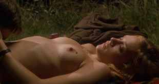 Chloë Sevigny nude topless and sex and Hilary Swank nude bush and nipple - Boys Don't Cry (1999) hd1080p (4)