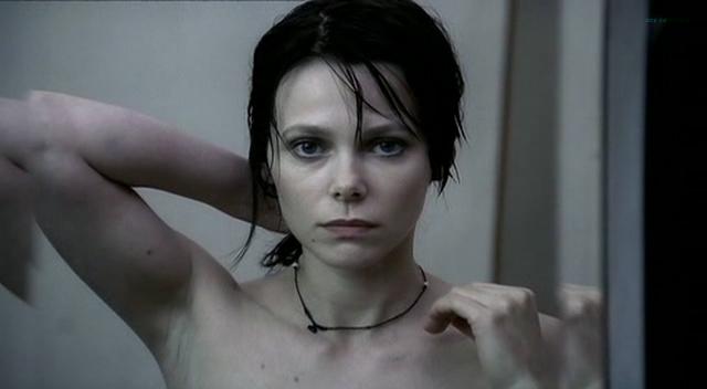 Barbora Bobulova nude full frontal - La spettatrice (IT-2004) (3)