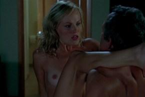 Malin Akerman nude and wild sex and Kayla Kleevage nude huge boobs – Heartbreak Kid (2007) HD 1080p