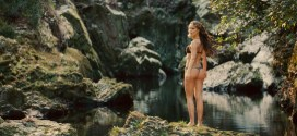 Natalie Portman hot butt, Zooey Deschanel hot Rhian Sugden nude and rest nude - Your Highness (2011) hd1080p (16)