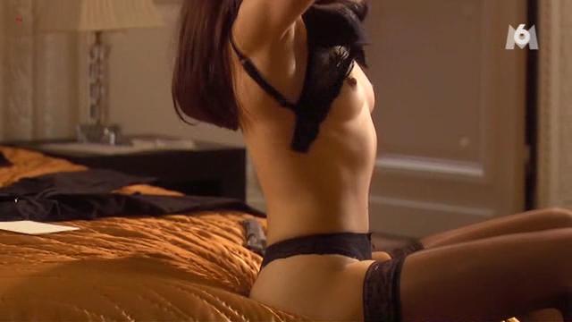 Olga Kurylenko nude brief topless - Suspectes (FR-2007) (4)