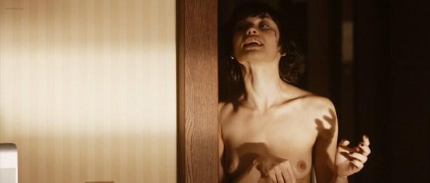 Olga Kurylenko nude full frontal and very hot - Hitman (2007) hd1080p (16)