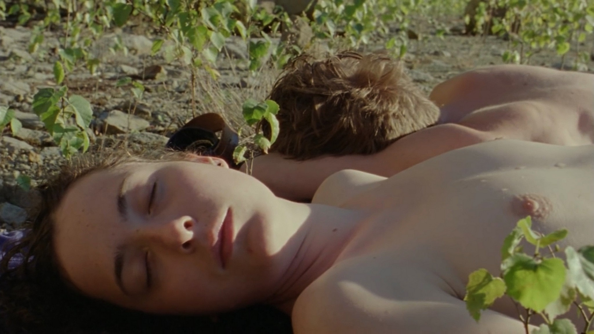 Salomé Richard nude full frontal - Septembre (2013) HD 720p (2)